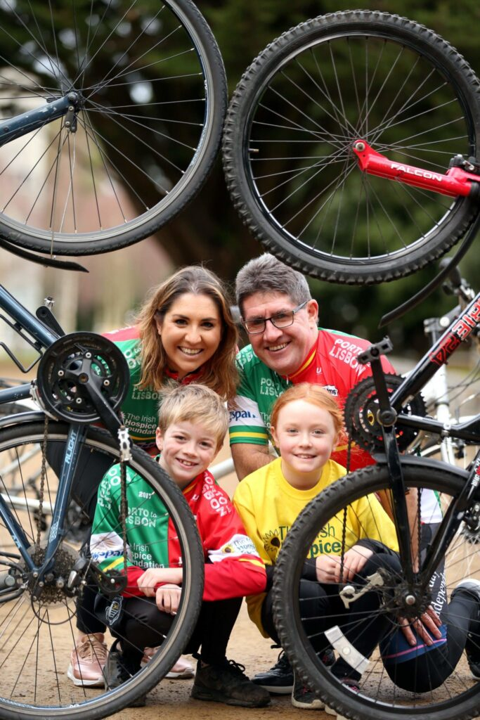 Repro Free: Monday 16th January 2017. Former cycling pro Paul Kimmage and his daughter Evelyn today called on cycling enthusiasts to join them and cycle for care on a 600km challenge in aid of The Irish Hospice Foundation this June. The duo, pictured in UCD today with Tommy Horkan age 9 and Laura Manning age 8 from Stillorgan, will be leading the way in the picturesque Porto to Lisbon event and pedalling for the IHF's Nurses for Night Care service. Picture Jason Clarke.